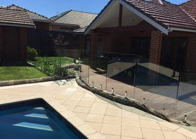 Floreat – Segmented Glass Pool Fencing