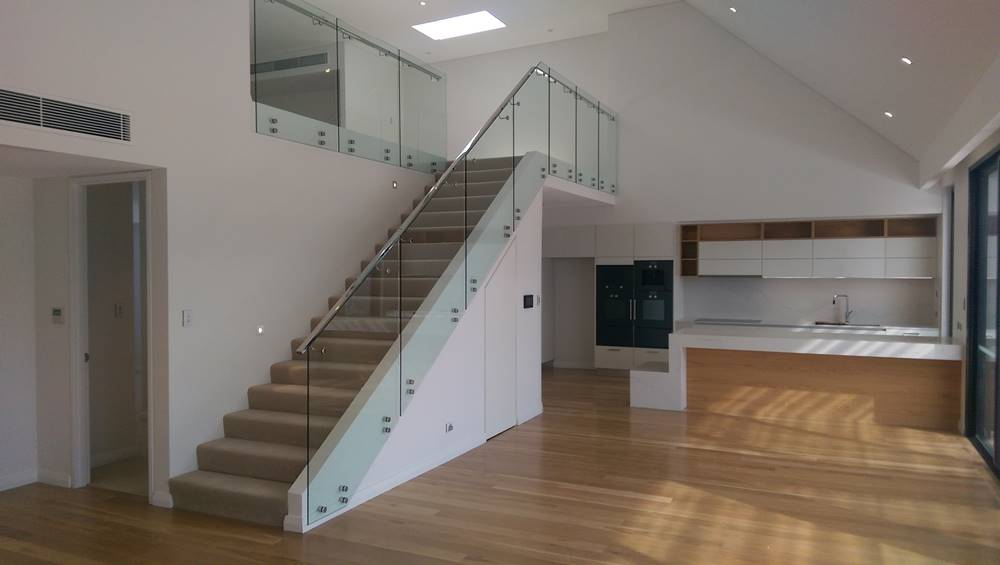 glass balustrade stairs for commercial development