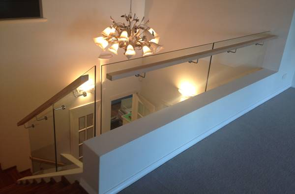 glass balustrade on staircase