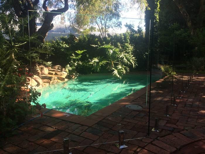 garden glass pool fencing perth